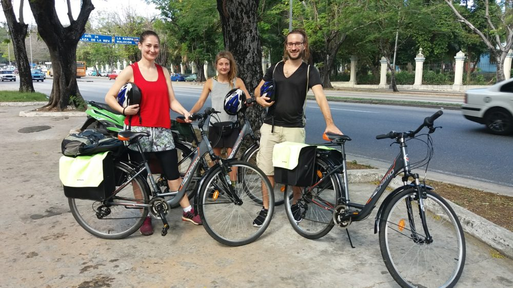 Renting a Bicycle for a Long travel through Cuba